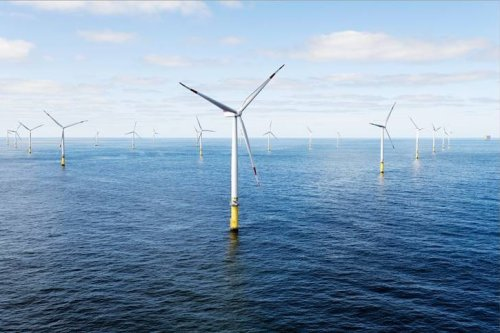 Biden administration gives major push to giant offshore wind farm