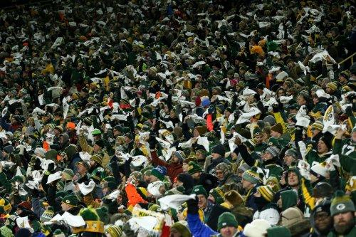 Green Bay Packers fan shutdown amid Wisconsin Covid explosion stings Trump