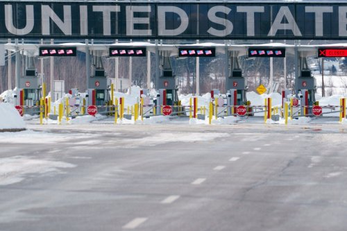 Top envoys: Canada and U.S. are 'coordinated' on border reopening — even if out of sync