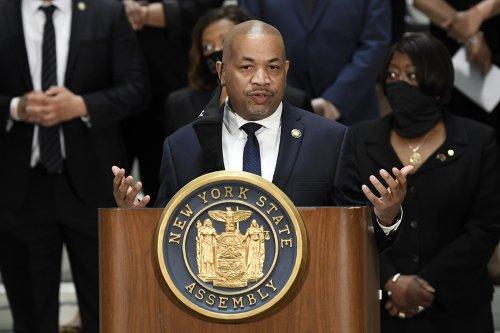 New York Democrats prepare to impeach Cuomo
