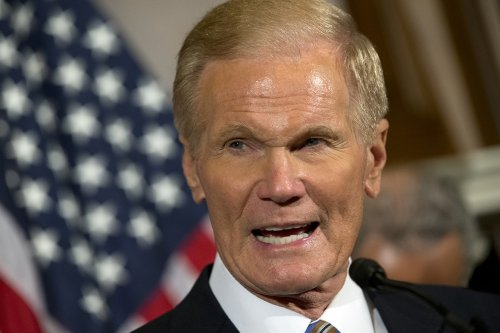 Nelson wins bipartisan praise in bid for top NASA job
