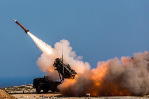 U.S. considers more weapons shipments to Ukraine amid Russian buildup