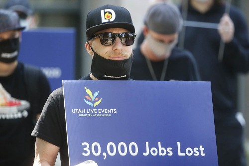 U.S. unemployment rate fell to 10.2 percent in July
