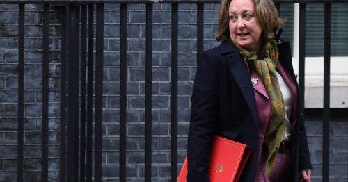 Boris Johnson defends 'global warming skeptic' trade minister