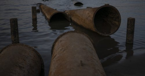 Big stink prompts UK u-turn over sewage spills