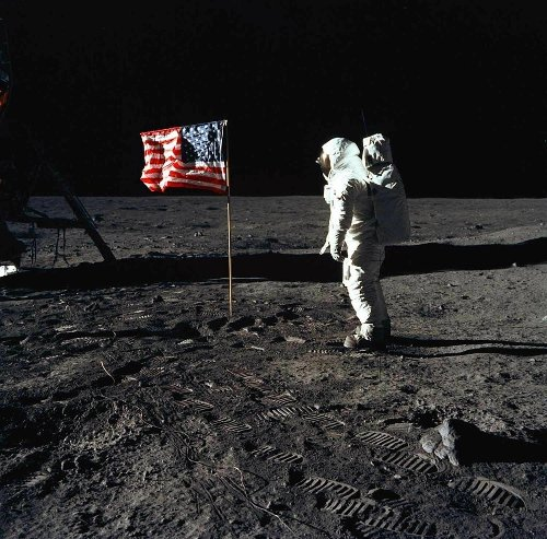 Twelve photos that capture the wonder of Apollo 11