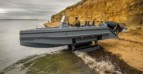This fast French military boat moves from water to land without wheels