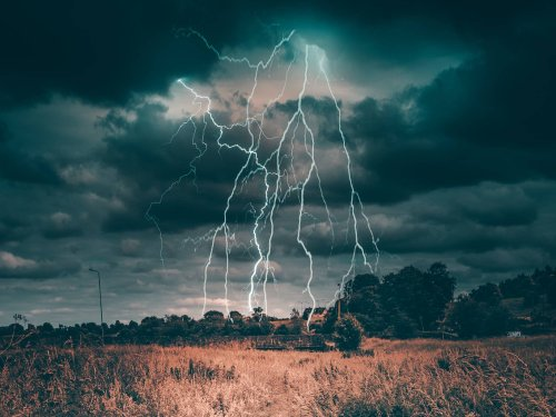 How to prevent getting struck by lightning