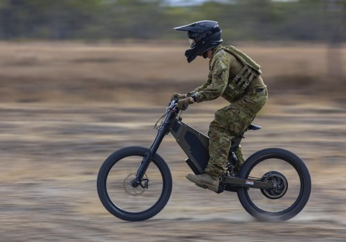 Australian soldiers are testing out stealthy e-bikes for scouting missions