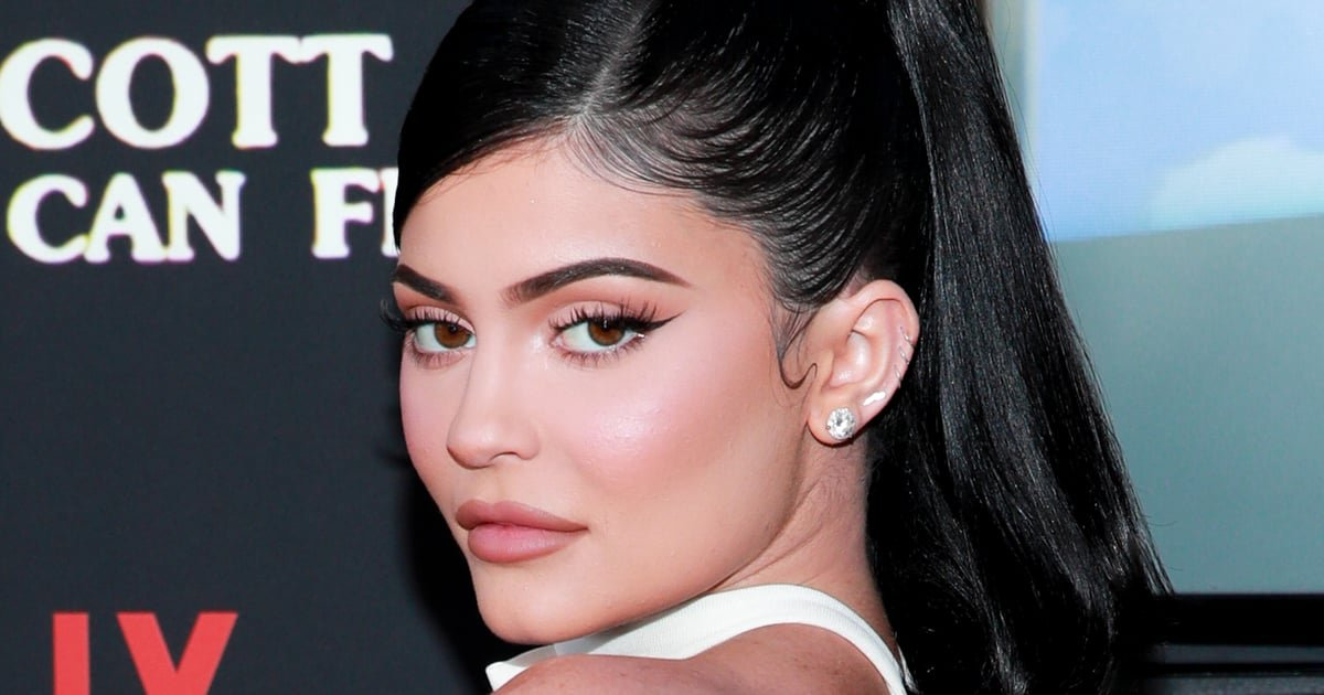 """Kylie Jenner Just Made Our Dream Manicure a Reality With Her """"Pucci Vibes"""" Nail Art"""