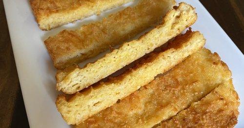 "This Keto Cheese ""Bread"" Has More Than a Million Views on TikTok, and It's Legit So Good"