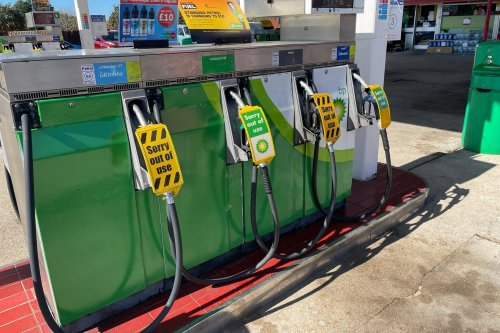 HGV drivers at Hamble BP terminal who deliver fuel across south mull industrial action