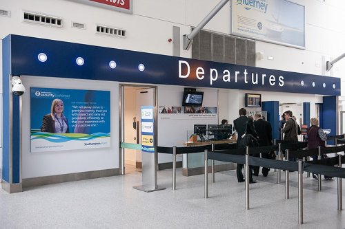 Plans to expand the runway at Southampton Airport have been given the green light