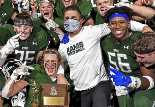Ron Cook: Changing high school football landscape has made great coaching more thankless than ever