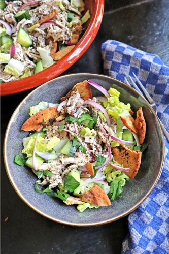 Gretchen's table: Fattoush with chicken and tahini-sumac dressing