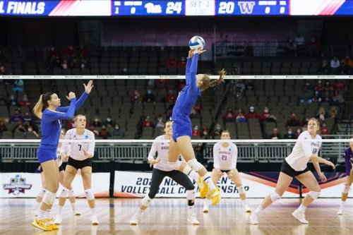 Pitt volleyball's remarkable run ends one set short of a Final Four