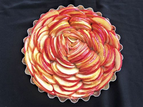 We've got the baking apples of your eye — and appetite