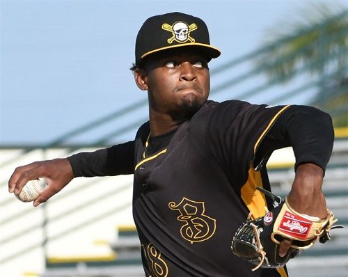 Pirates pitching prospect Jose Soriano has Tommy John revision surgery