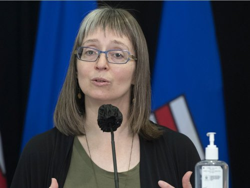 COVID-19: Hinshaw aims to calm fears over blood clots linked to vaccines, says health risks rare, none reported in Alberta