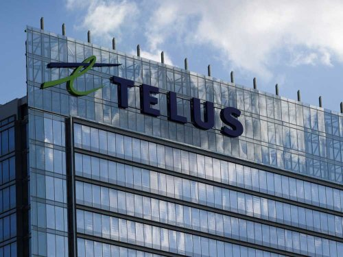 COVID-19: Telus fights to prevent disclosure of costs of controversial B.C. contract for vaccine booking service