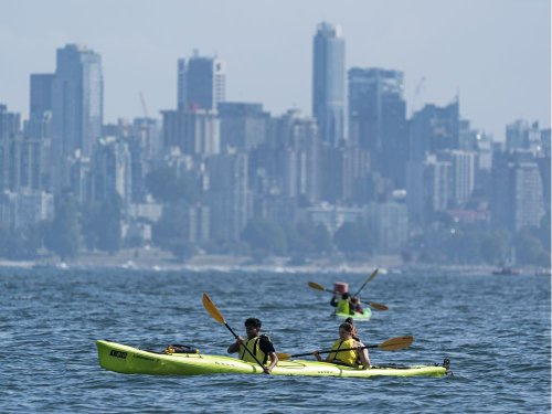 Temperature records broken during heat wave in B.C. on Monday