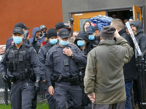 Calgary COVID-19 dissidents vow to resist court order