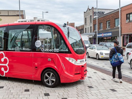 Montreal's driverless bus pilot project offers glimpse into the future