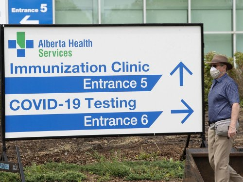 Alberta's Delta variant cases nearly double in seven days as drop-in COVID-19 vaccination clinic open at Expo Centre again this week