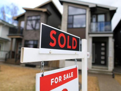 Single-family resale home prices fully recovering from downturn