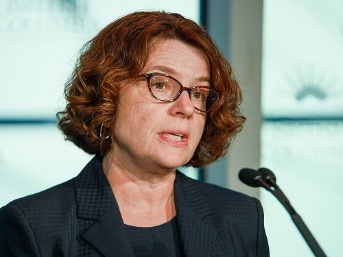 B.C. public health officials prepare to manage COVID-19 differently in the future