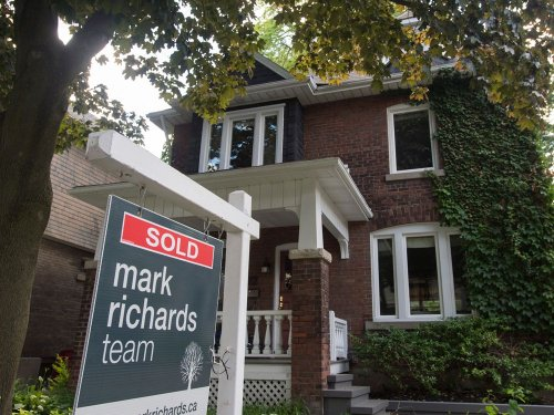 Housing market will be 'first casualty' of higher interest rates, says former Bank of Canada economist