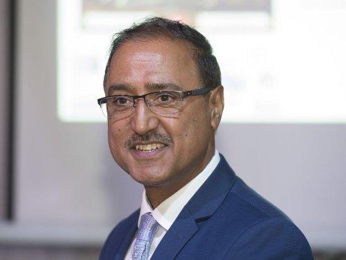 Edmonton election: Immigrant and former city bus driver Amarjeet Sohi chosen as Edmonton's next mayor
