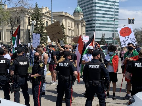 Pro-Israeli, pro-Palestinian supporters clash near Manitoban Legislature