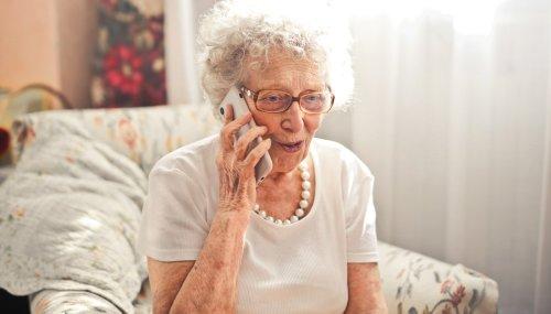 Des appels téléphoniques pour lutter contre la solitude