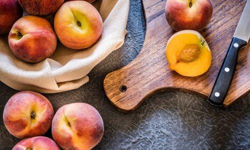 Pfirsich: Alles über das gesunde Steinobst