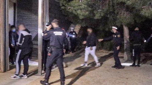 Operativo de Semana Santa en Alicante: macrobotellón con 100 personas, 232 denuncias y 10 fiestas ilegales