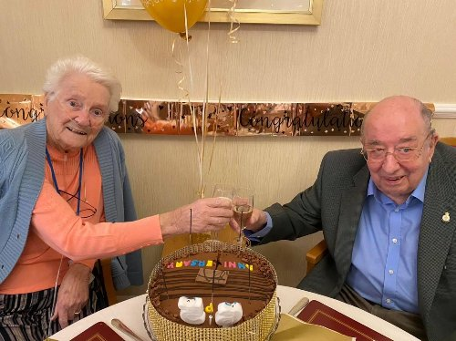 Greensleeves Care home residents celebrate 65th wedding anniversary