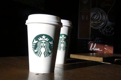 Pourquoi Starbucks envisage-t-elle de quitter Facebook ?