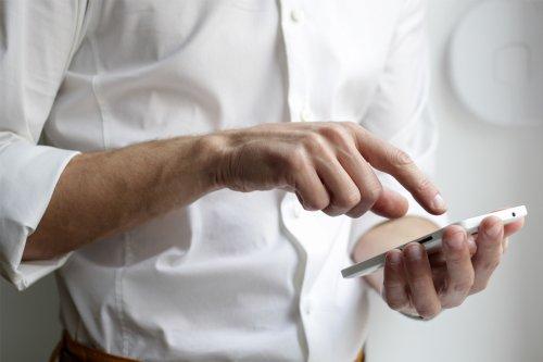 Orange, SFR, Free, Bouygues : quel opérateur a la meilleure satisfaction client ?