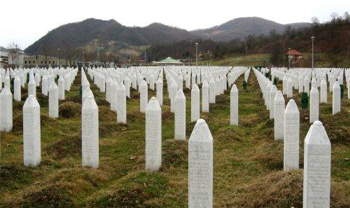 Pourquoi se souvenir de Srebrenica ? | Revue Esprit
