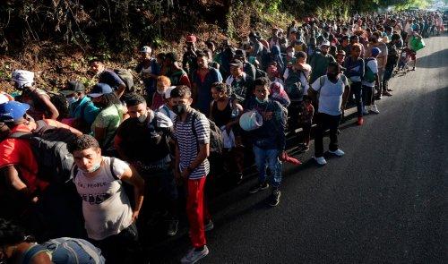 Migrants set up camp under Del Rio bridge along US-Mexico border