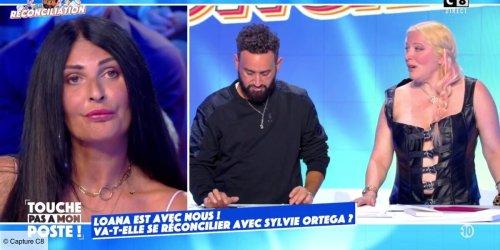 """""""Tu m'as fait du mal"""" : Loana débarque sur le plateau de TPMP pour régler ses comptes avec Sylvie Ortega (VIDEO)"""