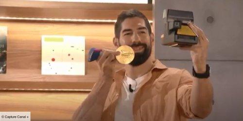 En aparté : Nikola Karabatic dévoile où il conserve la médaille d'or qu'il a remportée à Tokyo (VIDEO)