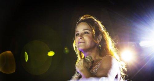 Auftritt in Aspach: Andrea Berg feiert mit Fans als sexy Cowgirl