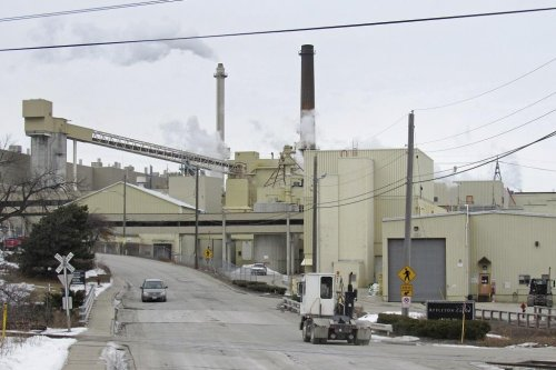 How Labor Saved a Paper Mill From the Scrap Heap