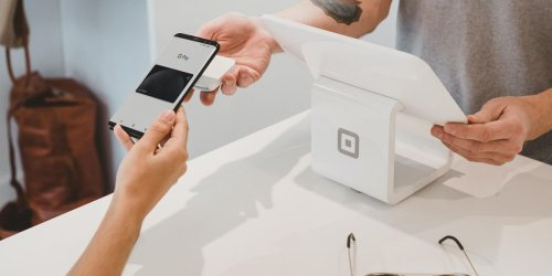 Square plans to launch checking, savings accounts
