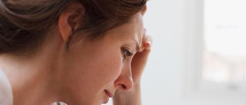 Comment protéger la fille adoptive d'une amie, qui la maltraite ?