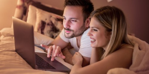 Romantic partners who watch pornography together report higher relationship quality, study finds