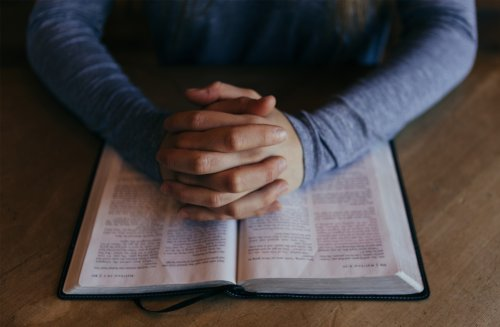 New research indicates religious belief is not associated with poor sensitivity to cognitive conflict