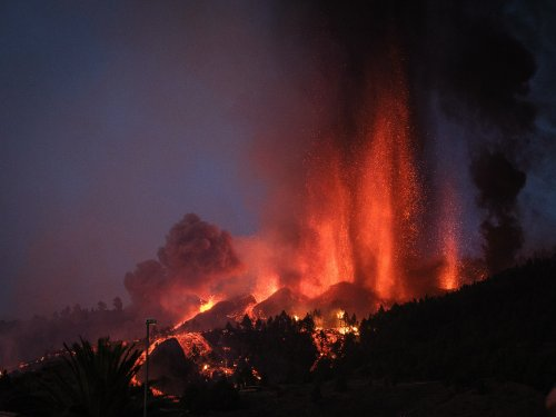 Spewing Volcano Shouldn't Put Off Visitors To La Palma, Says Spain's Tourism Minister